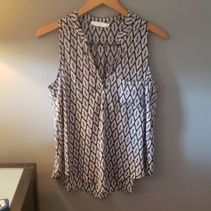 Lush sleeveless blouse black and gray